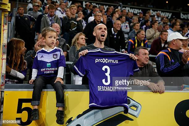 applause for Olivier Deschacht defender of RSC Anderlecht pictured during Jupiler Pro League match between RSC Anderlecht and KVC Westerlo on...