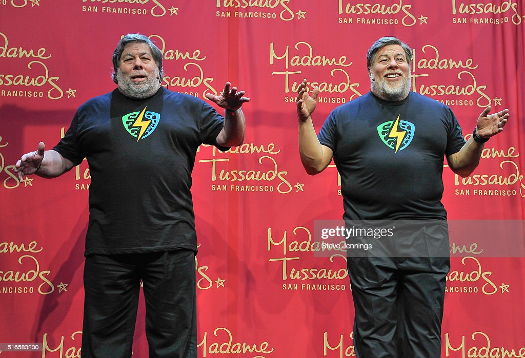 Apple Co-Founder Steve Wozniak poses next to his wax figure at the Madame Tussauds unveiling at the 1st Silicon Valley Comic Con at San Jose Convention Center on March 19, 2016 in San Jose, California.