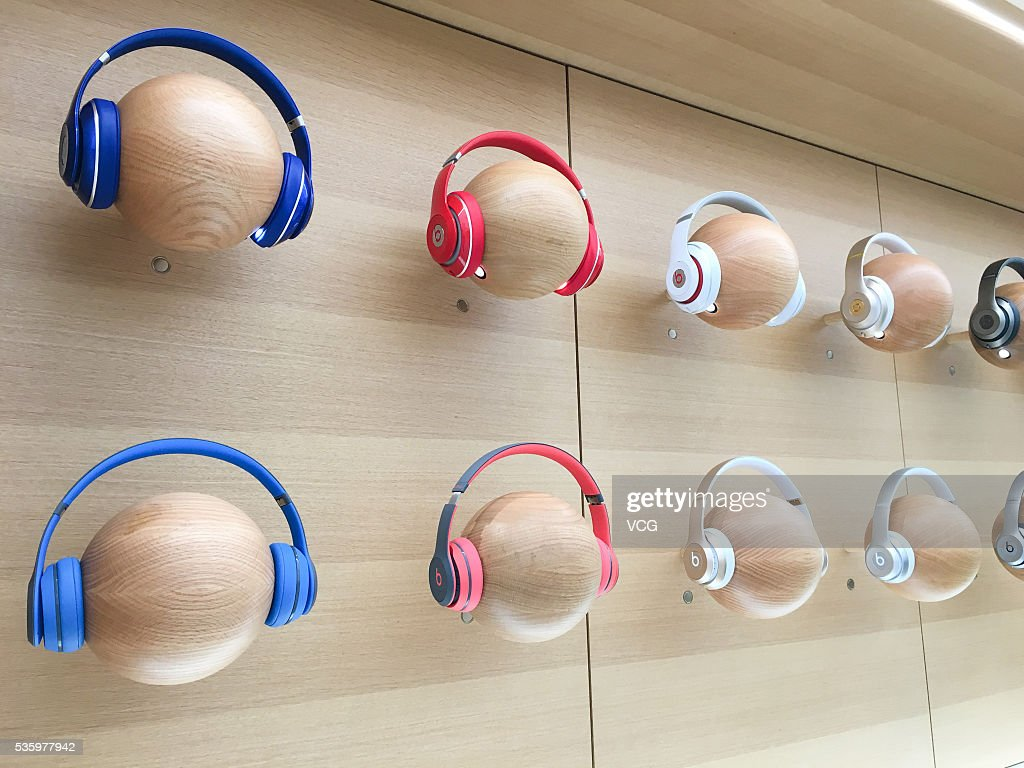 Apple earphones are seen at an new-opened Apple Store in Global Harbor on May 31, 2016 in Shanghai, China. The fifth Apple Store in Shanghai and also the eastern China's first new decoration one opened in Shanghai Global Harbor on Tuesday that consumers can experience Apple Store 2.0 elements like mobile phone accessories, interactive games and audition service. The new Apple Store has marked to be the 38th one In China.