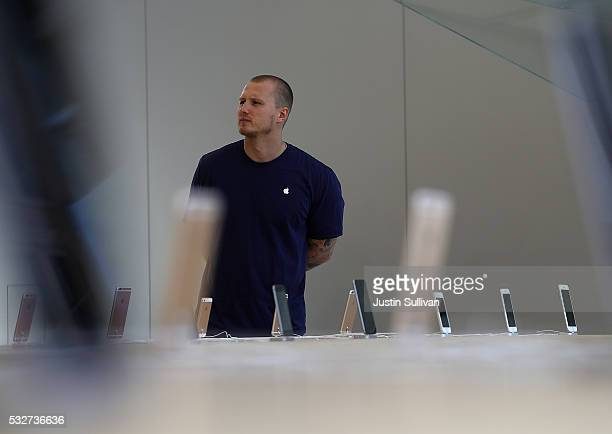 Apple iPhones are displayed during a press preview of the new flagship Apple Store on May 19 2016 in San Francisco California Apple is preparing to...