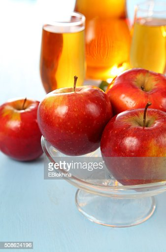 Apple juice and fresh red apples : Stock Photo