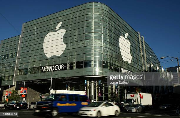 Apple logos adorn the sides of the Moscone West for the Apple Worldwide Web Developers Conference June 9 2008 in San Francisco California Apple CEO...