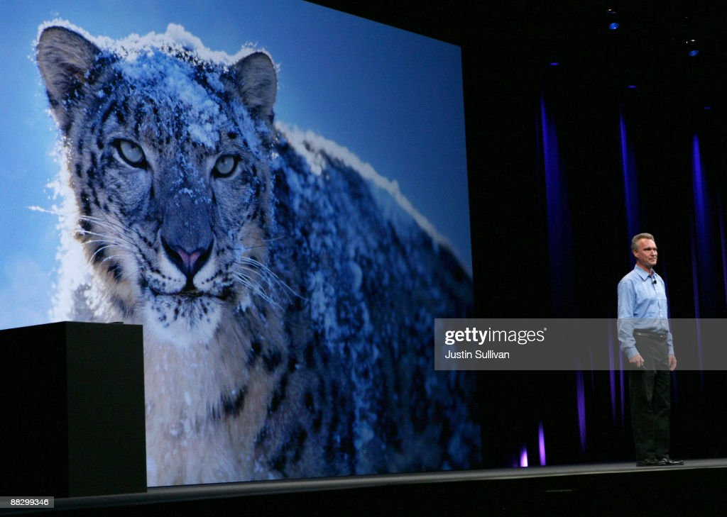 Apple Senior Vice President of OSX Software Bertrand Serlet delivers a keynote address on the new OSX Snow Leopard operating system at the Apple...