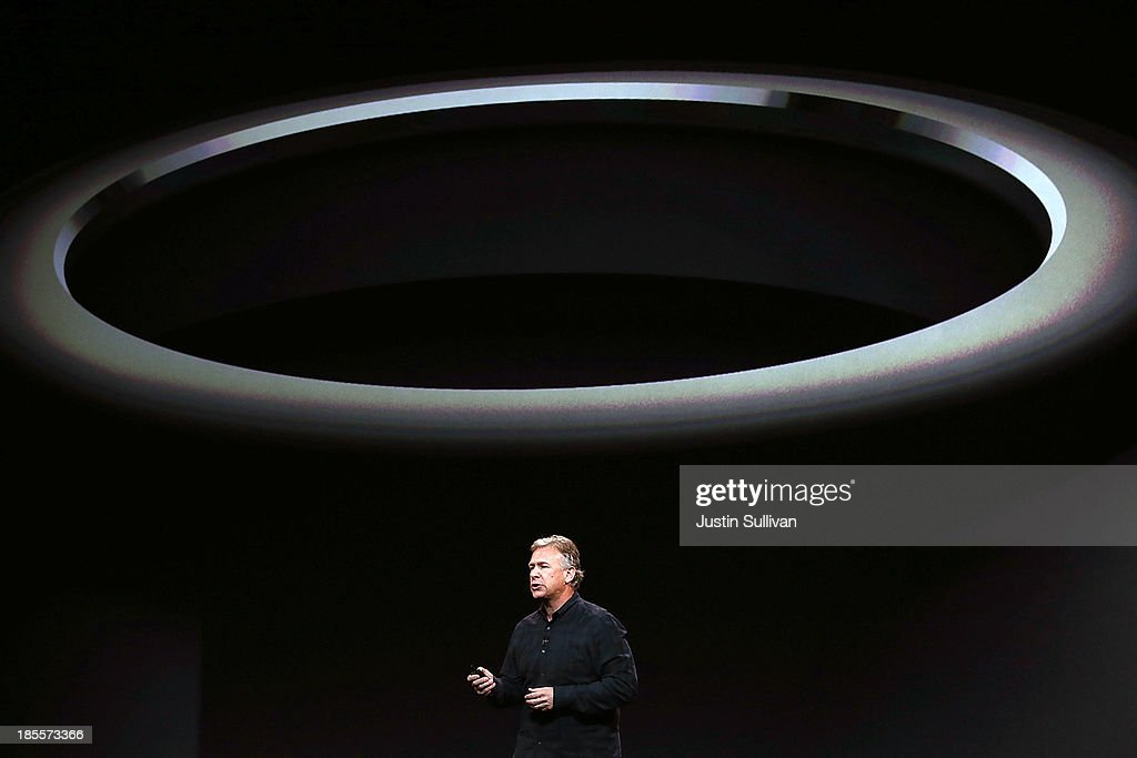 Apple Senior Vice President of Worldwide Marketing <a gi-track='captionPersonalityLinkClicked' href=/galleries/search?phrase=Phil+Schiller&family=editorial&specificpeople=1384861 ng-click='$event.stopPropagation()'>Phil Schiller</a> announces the new Mac Pro during an Apple announcement at the Yerba Buena Center for the Arts on October 22, 2013 in San Francisco, California. The tech giant is expected to announce its new iPad 5, iPad mini 2, OS X Mavericks and possibly a new retina MacBook Pro.