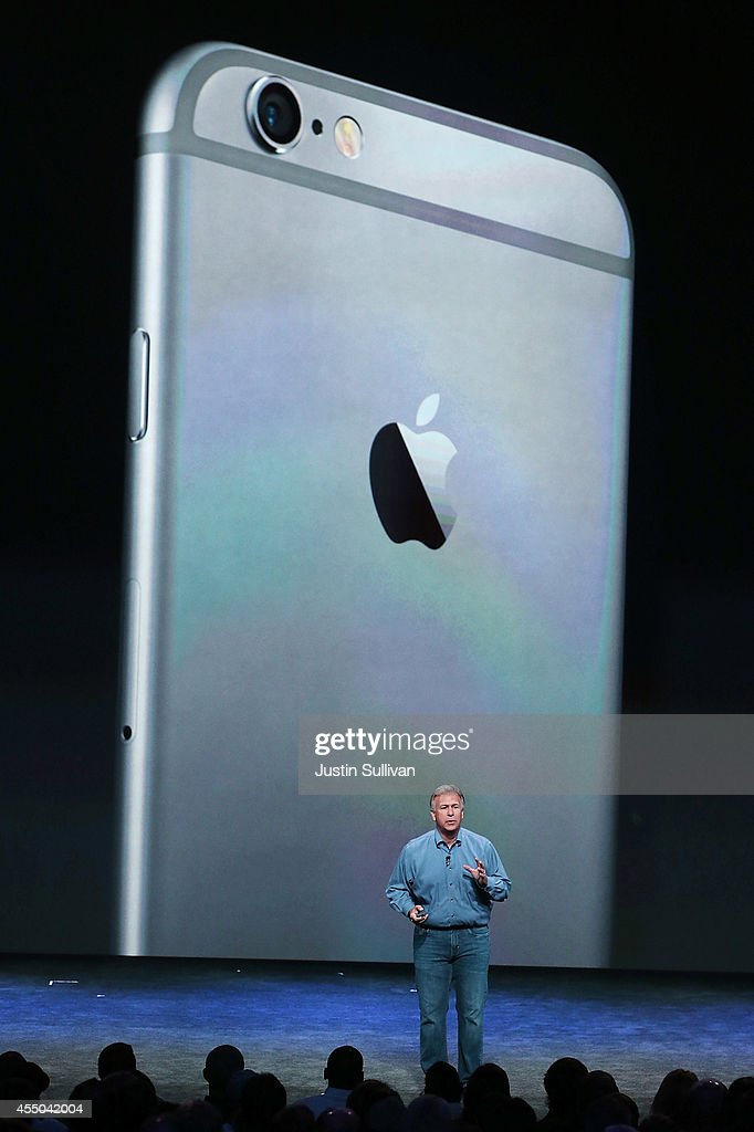 Apple Senior Vice President of Worldwide Marketing <a gi-track='captionPersonalityLinkClicked' href=/galleries/search?phrase=Phil+Schiller&family=editorial&specificpeople=1384861 ng-click='$event.stopPropagation()'>Phil Schiller</a> announces the new iPhone 6 during an Apple special event at the Flint Center for the Performing Arts on September 9, 2014 in Cupertino, California. Apple unveiled the two new iPhones the iPhone 6 and iPhone 6 Plus.