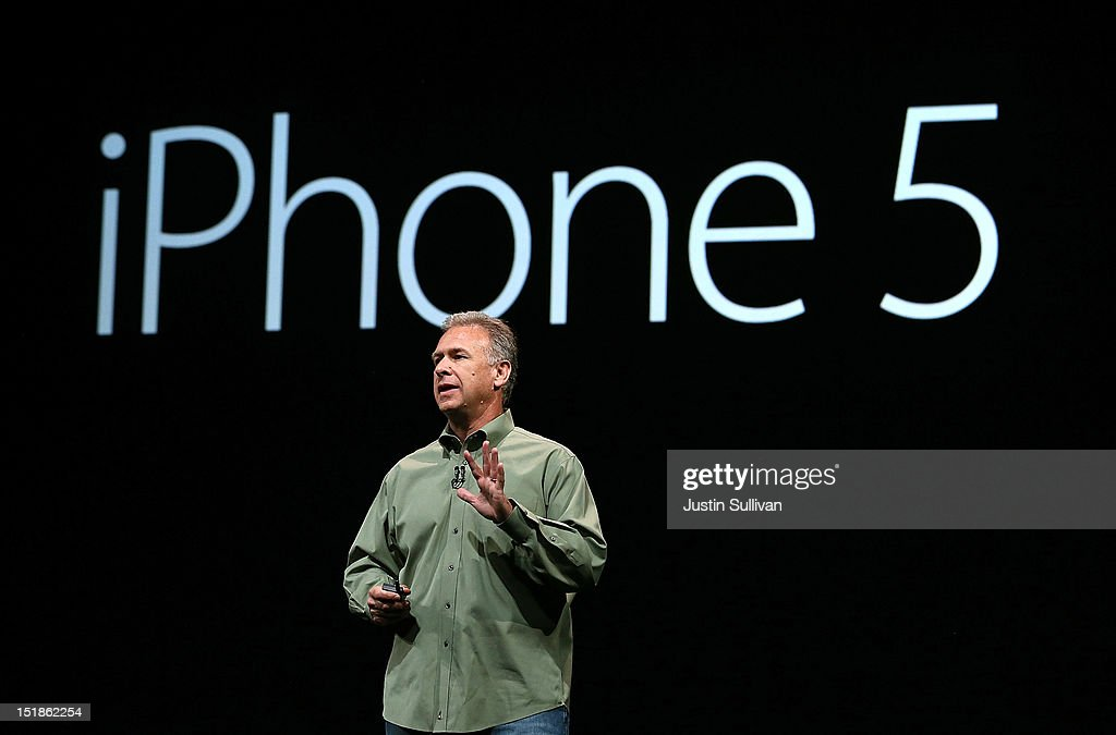 Apple Senior Vice President of Worldwide product marketing <a gi-track='captionPersonalityLinkClicked' href=/galleries/search?phrase=Phil+Schiller&family=editorial&specificpeople=1384861 ng-click='$event.stopPropagation()'>Phil Schiller</a> announces the new iPhone 5 during an Apple special event at the Yerba Buena Center for the Arts on September 12, 2012 in San Francisco, California. Apple announced the iPhone 5, the latest version of the popular smart phone.