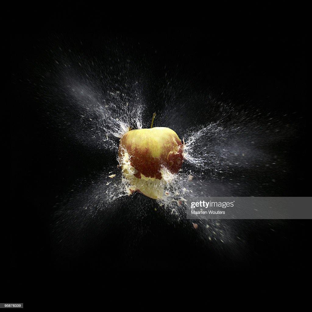 apple shootout 02 def