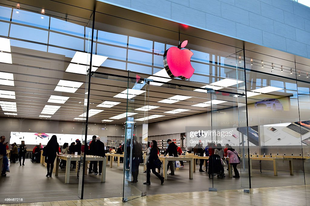 how to change apple store to canada