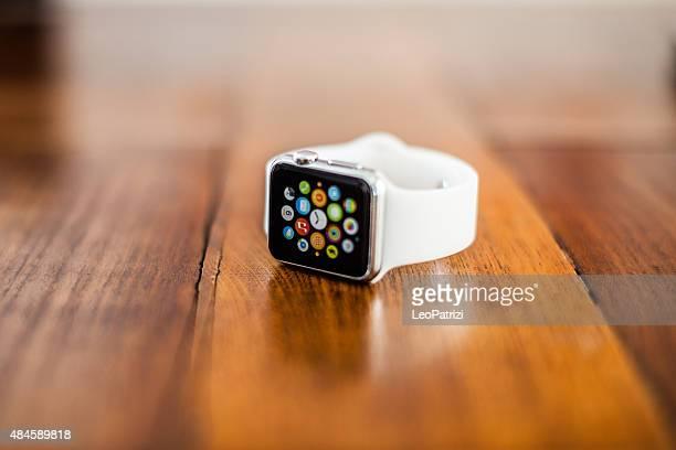 Apple Watch 38 mm Edelstahl, weißes sport