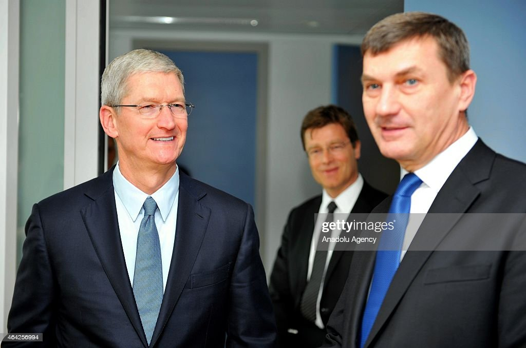 Apple's Chief Executive Officer (CEO) <a gi-track='captionPersonalityLinkClicked' href=/galleries/search?phrase=Tim+Cook+-+Business+Executive&family=editorial&specificpeople=8084206 ng-click='$event.stopPropagation()'>Tim Cook</a> (L) meets with the European Commission Vice-President and Commissioner for the Digital Single Market <a gi-track='captionPersonalityLinkClicked' href=/galleries/search?phrase=Andrus+Ansip&family=editorial&specificpeople=566399 ng-click='$event.stopPropagation()'>Andrus Ansip</a> (R) at the European Commission headquarters in Brussels, Belgium on February 23, 2015.