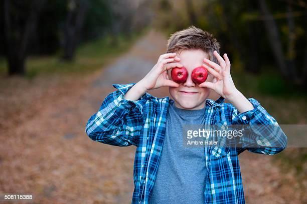 Apples for eyes
