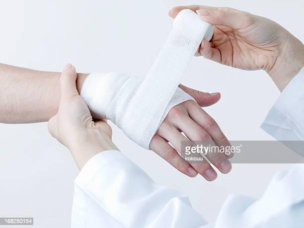 Appliquer un bandage