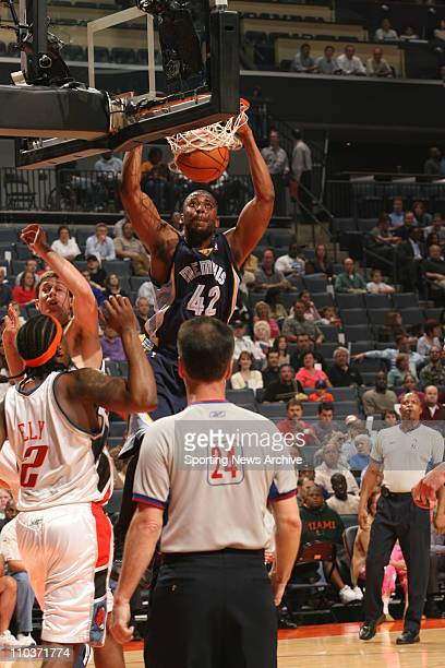 Apr 12 2006 Charlotte NC USA The Memphis Grizzlies LORENZEN WRIGHT against the Charlotte Bobcats on Apr 12 at the Charlotte Bobcats Arena in...