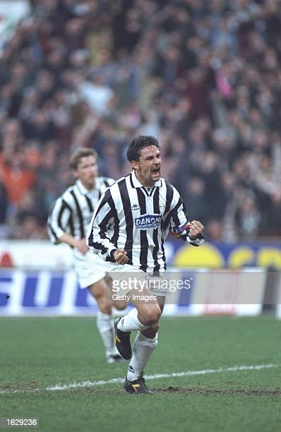 Roberto Baggio of Juventus FC in action during the UEFA Cup semifinal against Borussia Dortmund at the Delle Alpi Stadium in Turin Italy The match...