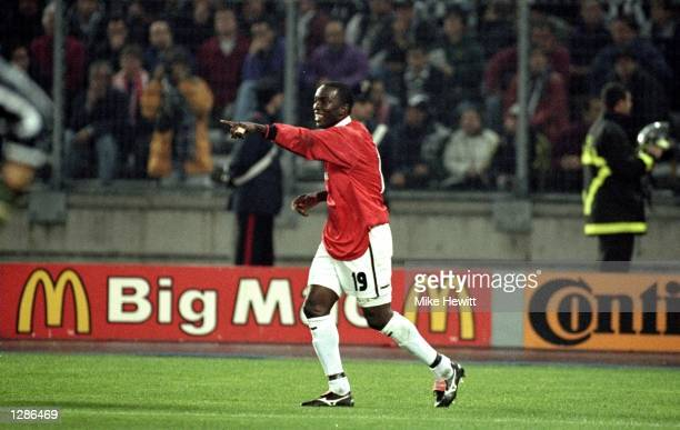 Dwight Yorke of Manchester United celebrates his goal against Juventus during the UEFA Champions League semifinal second leg match at the Stadio...