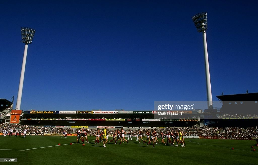 General view of the warm up action prior to the 1999 AFL Premiership Round 4 game, where West Coast (97) defeated Essendon (23), at the Subiaco Oval, Perth, Australia. \ Mandatory Credit: Mark Dadswell /Allsport
