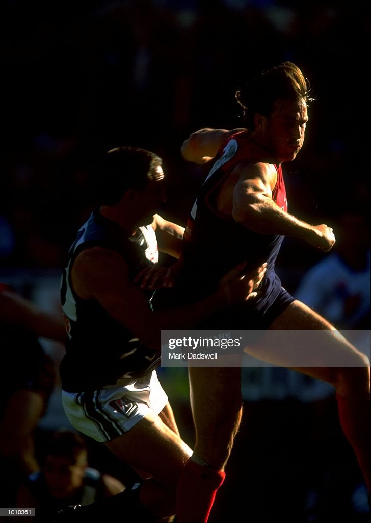 Todd Viney of the Melbourne Demons in action during the AFL Premiership Round 5 match against Port Adelaide at the MCG, Melbourne, Australia. The game finished with the Melbourne Demons (90) defeating Port Adelaide (66). \ Mandatory Credit:Mark Dadswell /Allsport