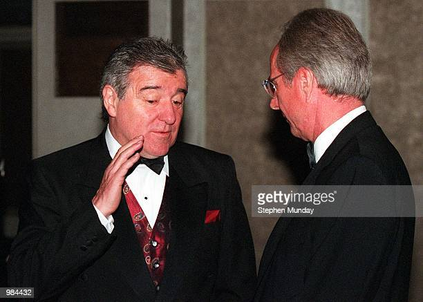 England Coach Sven Goran Eriksson talks to Middlesbrough Coach Terry Venables at the PFA Awards Ceremony at the Grosvenor House Hotel in London...
