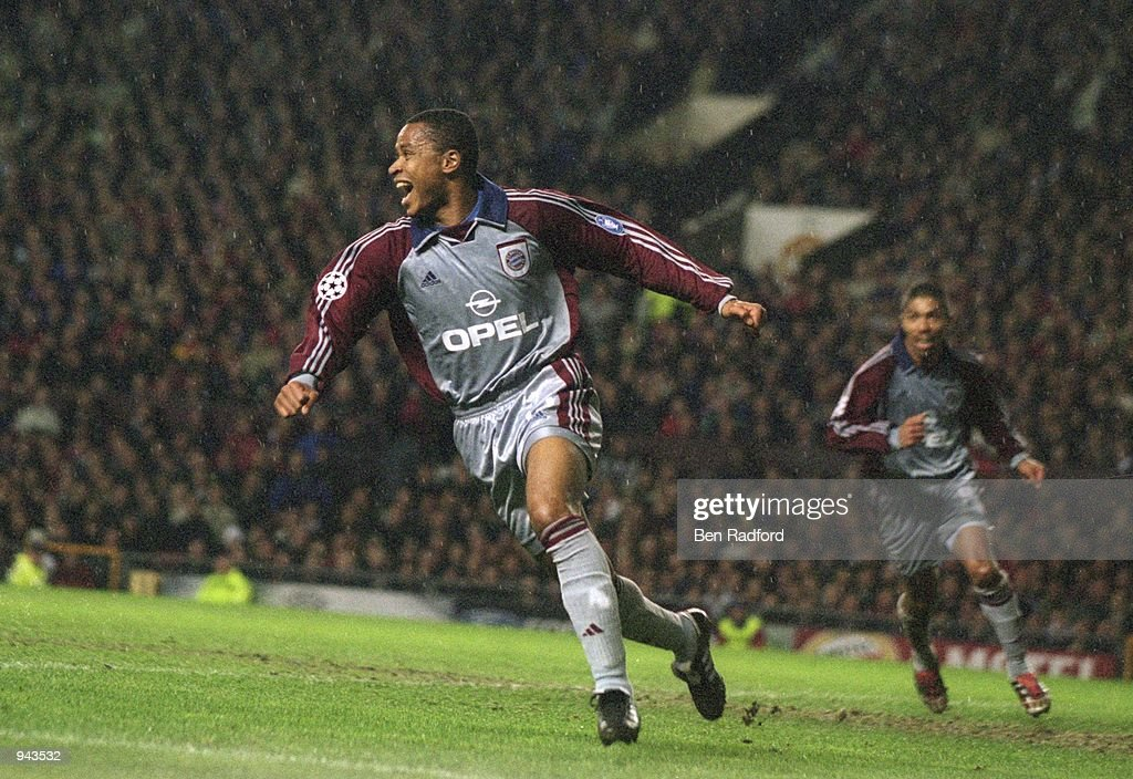 Paulo Sergio of Bayern Munich celebrates the winning goal and priceless away goal during the UEFA Champions League Quarter Finals first leg match...