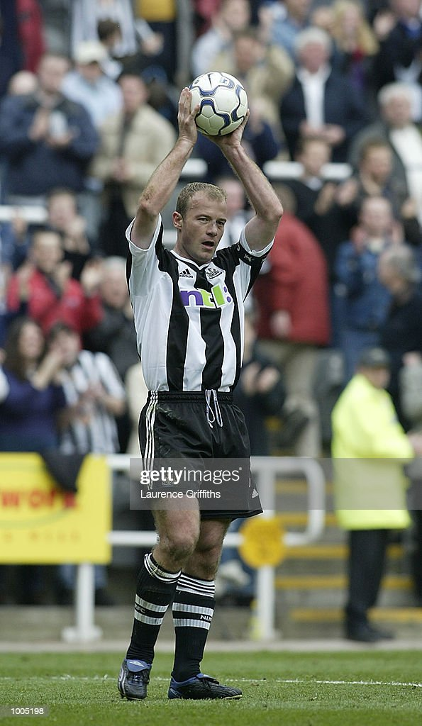 Alan Shearer of Newcastle celebrates his 200th league goal with the match ball at the end of the game during the Newcastle United v Charlton Athletic FA Barclaycard Premiership match at St James Park, Newcastle. DIGITAL IMAGE Mandatory Credit: Laurence Griffiths/Getty Images