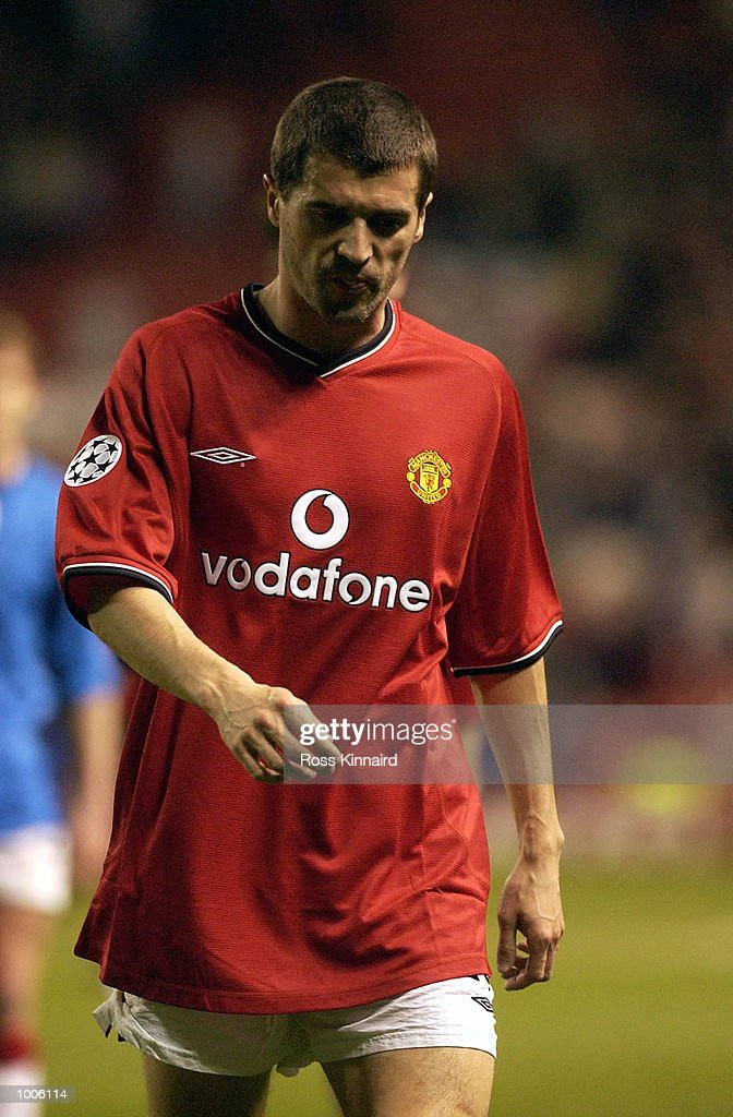 Captain Roy Keane of Man Utd walks off in disappiontment after the Manchester United v Bayer Leverkusen UEFA Champions League Semi Final, First Leg match from Old Trafford, Manchester. DIGITAL IMAGE Mandatory Credit: Ross Kinnaird/Getty Images