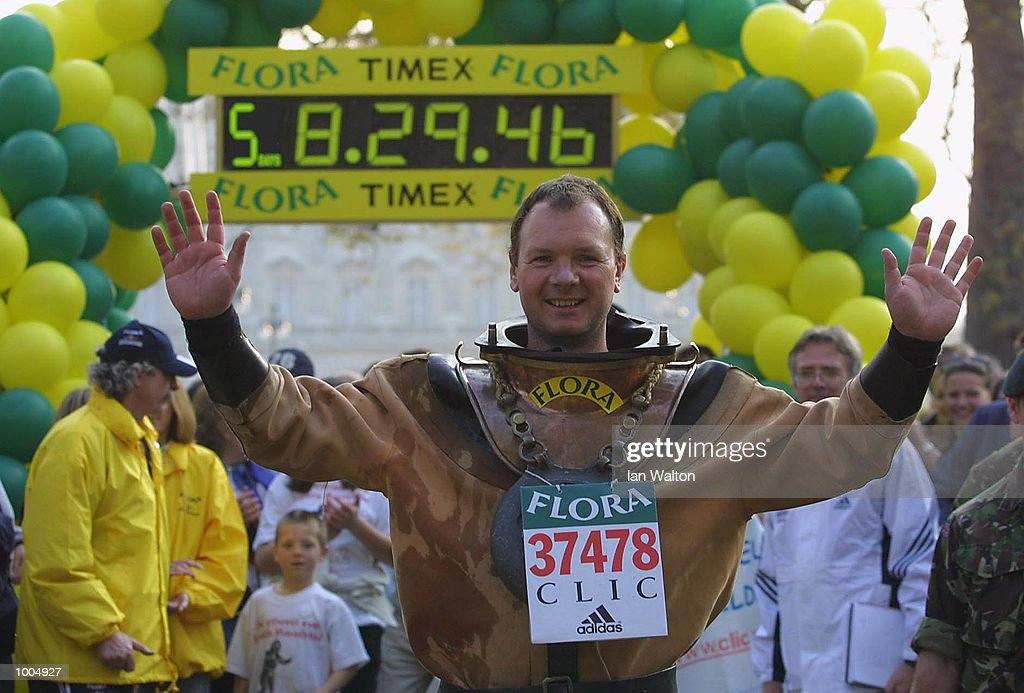 Charity runner Lloyd Scott on his way past Embankment during The 2002 Flora London Marathon. DIGITAL IMAGE Mandatory Credit: Ian Walton/Getty Images