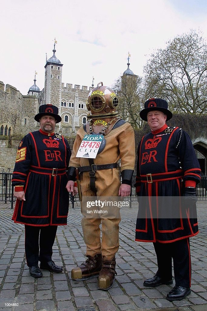 Charity runner Lloyd Scott on his way past The Tower of London during The 2002 Flora London Marathon. DIGITAL IMAGE Mandatory Credit: Ian Walton/Getty Images