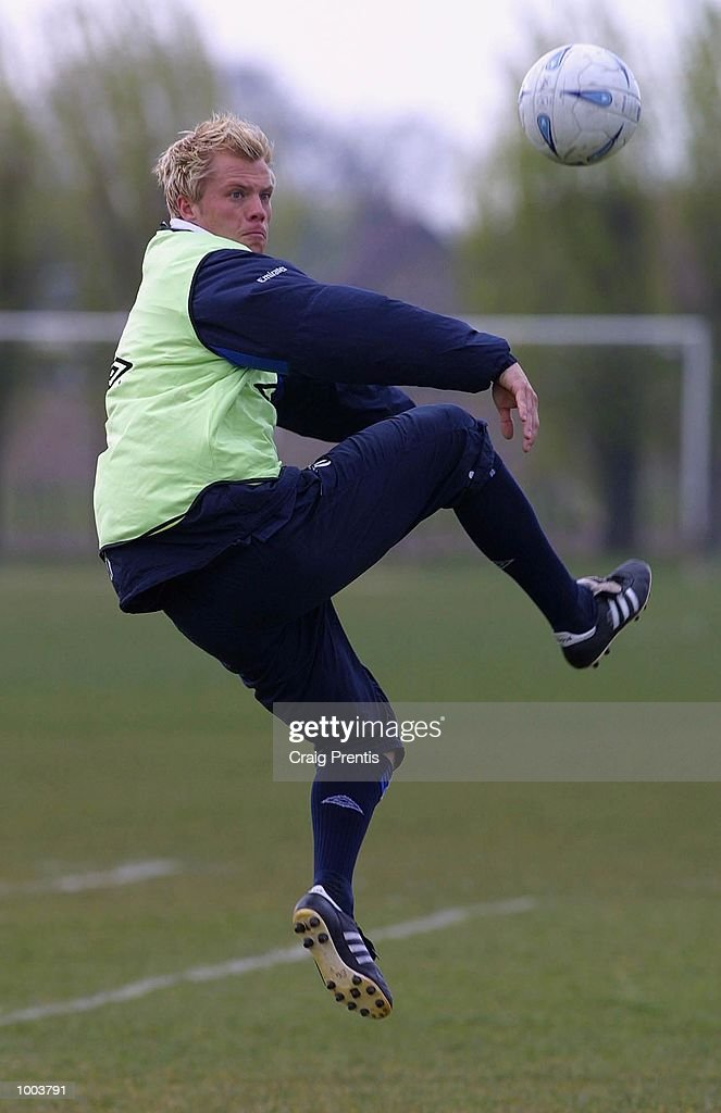 Eidur Gudjohnsen of Chelsea during a training session at Chelsea's training ground near Heathrow in London, as the team prepare for Sunday's FA Cup semi-final match against Fulham at Villa Park. DIGITAL IMAGE Mandatory Credit: Craig Prentis/Getty Images