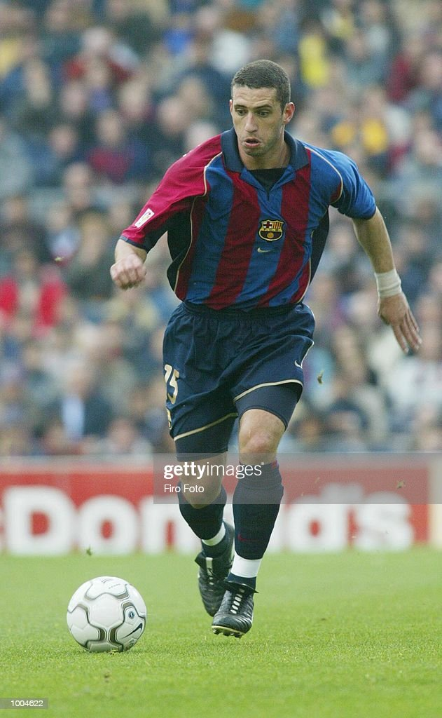 Fabio Rochemback of Barcelona in action during the Primera Liga match between Barcelona and Alaves, played at the Camp Nou Stadium, Barcelona. DIGITAL IMAGE. Mandatory Credit: Firo Foto/Getty Images