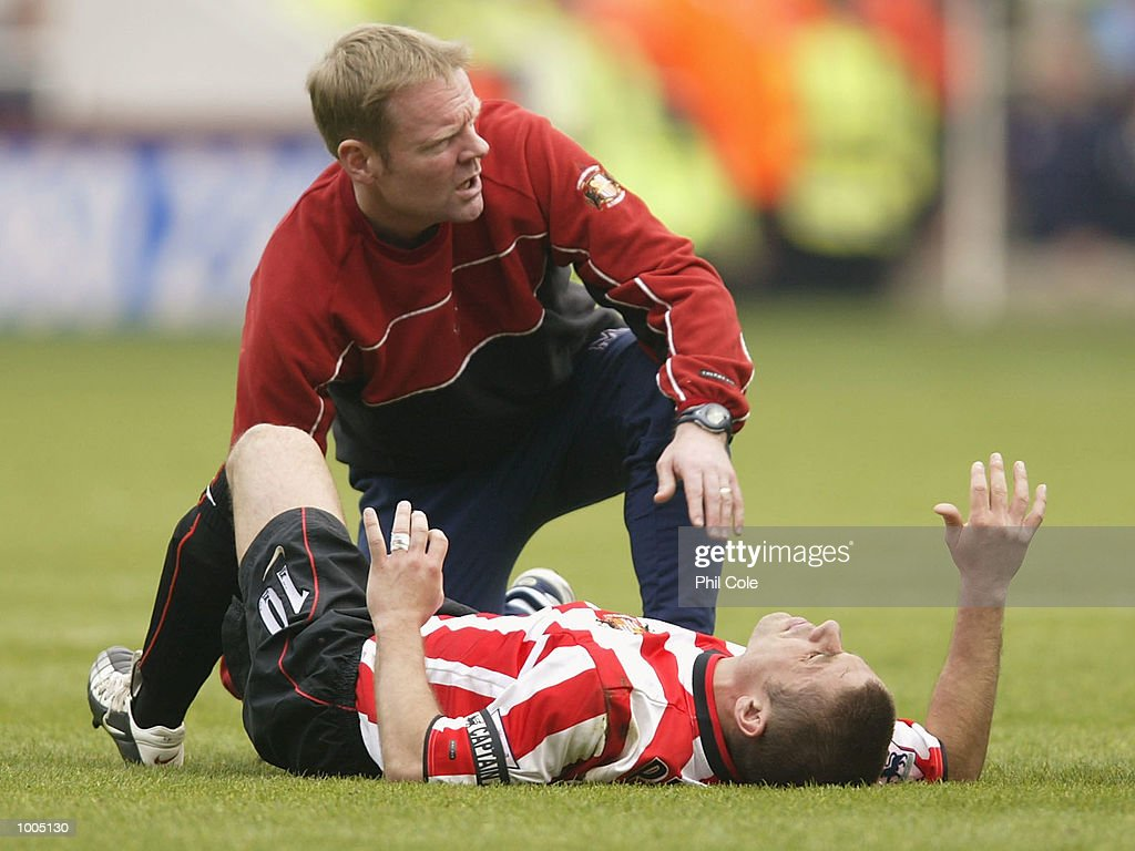 Kevin Phillips of Sunderland receives treatment as he lies injured during the FA Barclaycard Premiership match between West Ham United and Sunderland at Upton Park, London. DIGITAL IMAGE. Mandatory Credit: Phil Cole/Getty Images