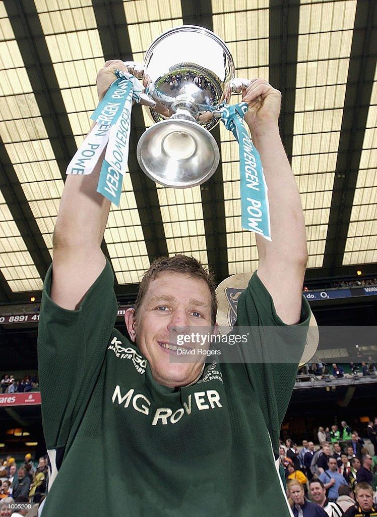 London Irish captain Ryan Strudwick celebrates winning the Powergen Cup Final between Northampton Saints and London Irish at Twickenham, London. DIGITAL IMAGE. Mandatory Credit: Dave Rogers/Getty Images