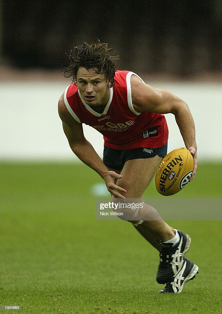 Nick Daffy of the Swans in action during the Sydney Swans Training session held today at the Sydney Cricket Ground, Sydney, Australia. DIGITAL IMAGE. Mandatory Credit: Nick Wilson/Getty Images
