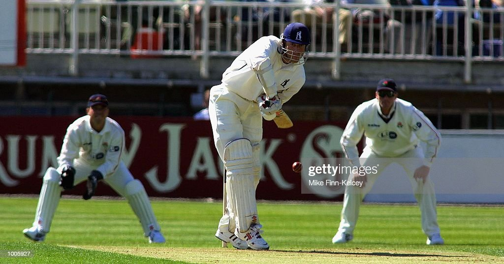 Nick Knight of Warwickshire prepares to hit a delivery from Glen Chapple of Lancashire during the Frizzell County Championship match between warwickshire and Lancashire at Edgbaston, Birmingham. DIGITAL IMAGE Mandatory Credit: Mike Finn Kelcey/Getty Images