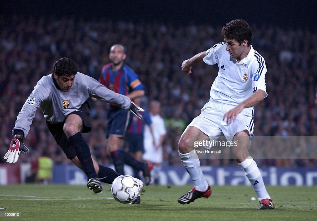 Raul of Real Madrid attempts to round the Barcelona keeper Bonano during the UEFA Champions League Semi Final First Leg match between Barcelona and Real Madrid at the Nou Camp, Barcelona, Spain. DIGITAL IMAGE Mandatory Credit: Clive Brunskill/Getty Images