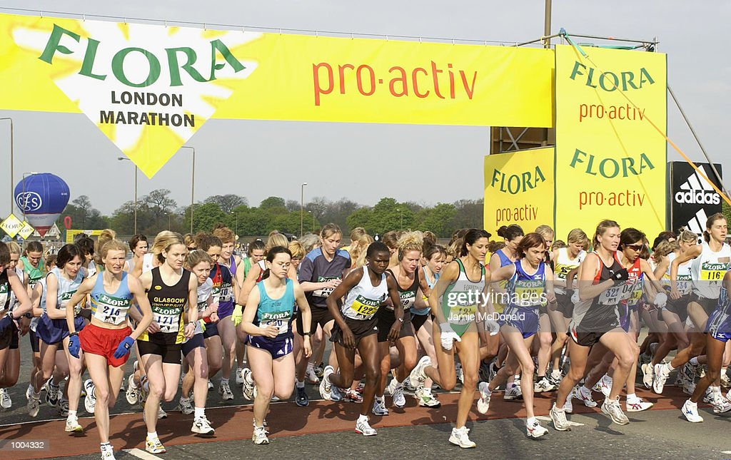 The start of the Womans Elite during the Flora London Marathon, Blackheath, London. DIGITAL IMAGE. Mandatory Credit: Jamie McDonald/Getty Images