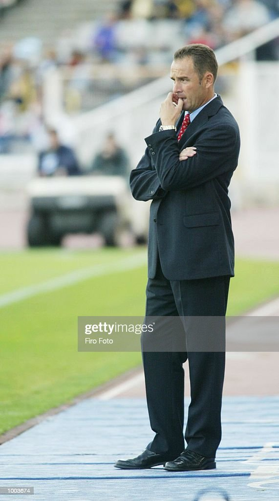 Victor Fernandez, coach of Celta Vigo, watches the action during the Primera Liga match between Espanyol and Celta Vigo, played at the Olympic de Montjuic Stadium, Barcelona. DIGITAL IMAGE. Mandatory Credit: Firo Foto/Getty Images