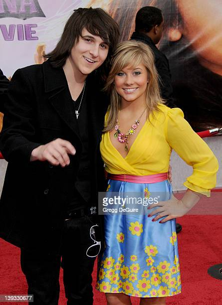 shawn johnson dating mitchell musso Mitchel musso is not currently dating anyone he dated emily osment from 2006-2008 he had also dated the olympic gymnast gold medalist, shawn johnson.