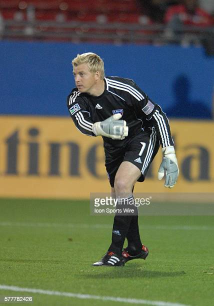 FC Dallas goal keeper Kevin Hartman during 2 2 draw with Columbus at Pizza Hut Park in Frisco TX