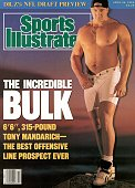 College Football NFL Draft Preview Casual portrait of former Michigan State offensive lineman Tony Mandarich without shirt Los Angeles CA 4/1/1989...