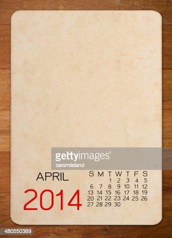 Calendário de Abril de 2014 no vazio de foto antiga em madeira : Foto de stock