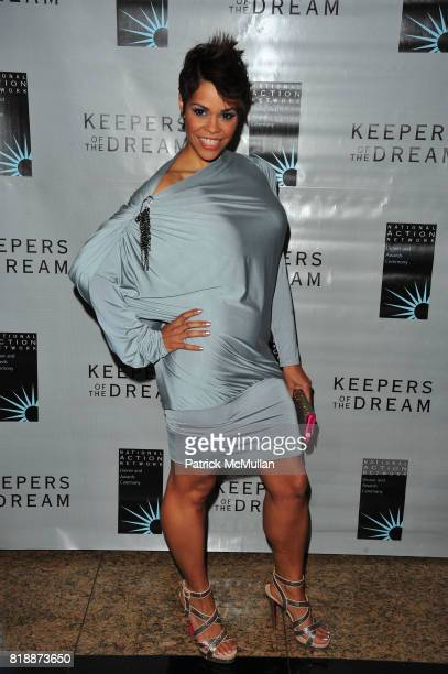 April Woodard attends THE 12th ANNUAL KEEPERS OF THE DREAM AWARDS at Sheraton NY Hotel and Towers NYC on April 15 2010