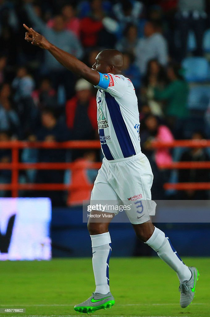 <a gi-track='captionPersonalityLinkClicked' href=/galleries/search?phrase=Aquivaldo+Mosquera&family=editorial&specificpeople=624234 ng-click='$event.stopPropagation()'>Aquivaldo Mosquera</a> of Pachuca celebrates after scoring the tying goal of the game during a 7th round match between Pachuca and Atlas as part of the Apertura 2015 Liga MX at Hidalgo Stadium on August 29, 2015 in Pachuca, Mexico.