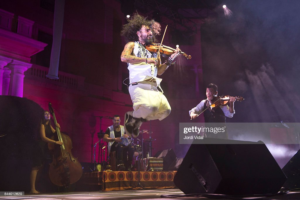 Ara Malikian performs on stage during Festival Jardins del Palau de Pedralbes at Jardins Palau de Pedralbes on June 30, 2016 in Barcelona, Spain.