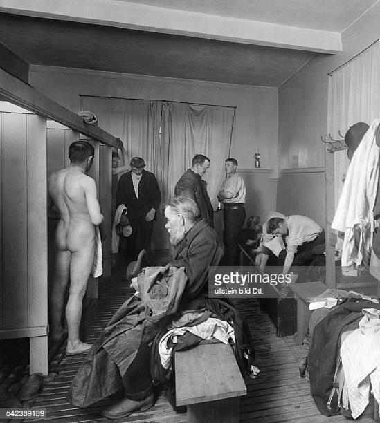 Arbeiterkolonie Hoffnungsthal bei BernauUmkleideraum 1907