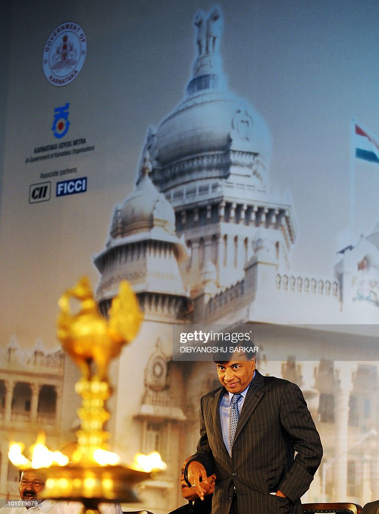 Arcelor Mittal Chairman and CEO Lakshmi Narayan attends the inauguration of Global Investors' Meet 2010 in Bangalore on June 3, 2010. The two-day Global Investors Meet (GIM) 2010 aims to attract business investment into the state. AFP PHOTO/Dibyangshu Sarkar