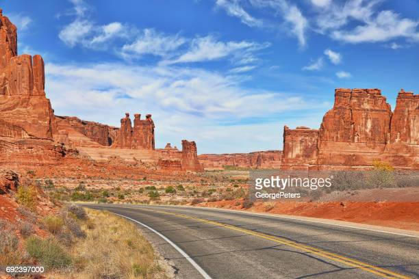 Arches National Park, Road with view of Three Gossips