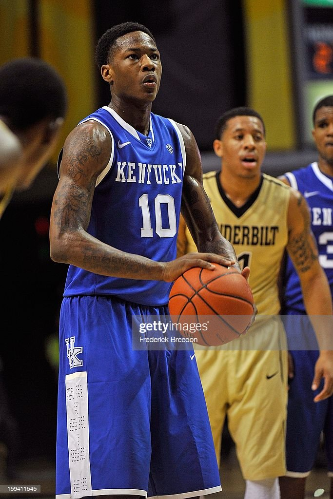 <a gi-track='captionPersonalityLinkClicked' href=/galleries/search?phrase=Archie+Goodwin&family=editorial&specificpeople=9086088 ng-click='$event.stopPropagation()'>Archie Goodwin</a> #10 of the Kentucky Wildcats plays against the Vanderbilt Commodores at Memorial Gym on January 10, 2013 in Nashville, Tennessee.
