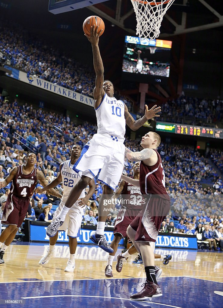 <a gi-track='captionPersonalityLinkClicked' href=/galleries/search?phrase=Archie+Goodwin&family=editorial&specificpeople=9086088 ng-click='$event.stopPropagation()'>Archie Goodwin</a> #10 of the Kentucky Wildcats shoots the ball during the game against the Mississippi State Bulldogs at Rupp Arena on February 27, 2013 in Lexington, Kentucky.