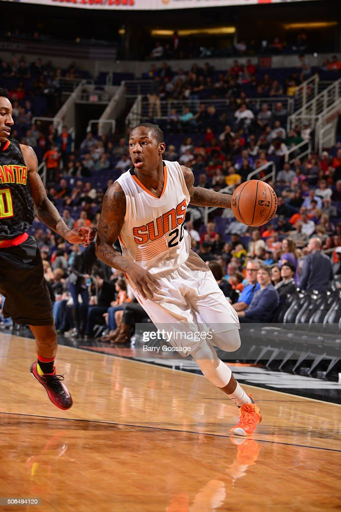 <a gi-track='captionPersonalityLinkClicked' href=/galleries/search?phrase=Archie+Goodwin&family=editorial&specificpeople=9086088 ng-click='$event.stopPropagation()'>Archie Goodwin</a> #20 of the Phoenix Suns drives to the basket against the Atlanta Hawks on January 23, 2016, at Talking Stick Resort Arena in Phoenix, Arizona.