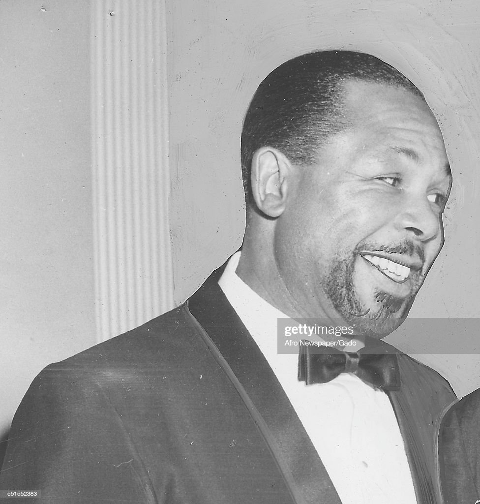 <a gi-track='captionPersonalityLinkClicked' href=/galleries/search?phrase=Archie+Moore&family=editorial&specificpeople=93092 ng-click='$event.stopPropagation()'>Archie Moore</a>, African-American professional boxer and the Light Heavyweight World Champion, 1946.